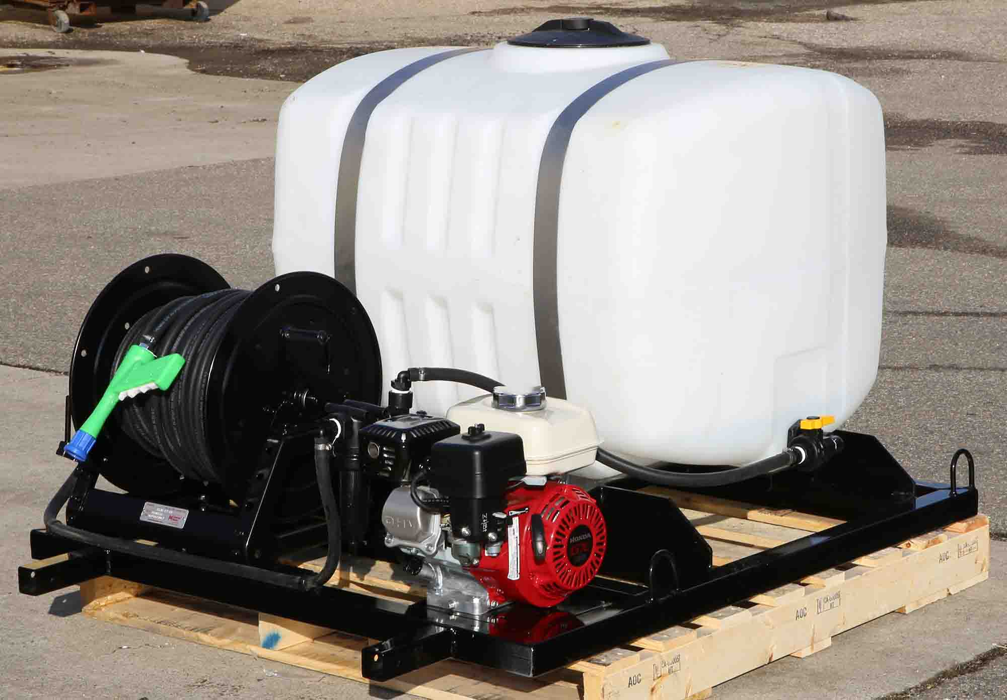 100-gallon-watering-sprayer-web-1.jpg
